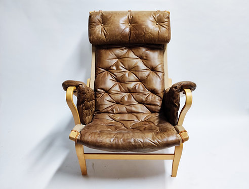 Bruno Mathsson Pernilla chair in leather, 1960s