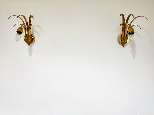 Pair of brass pineapple leaf wall lamps, 1970s