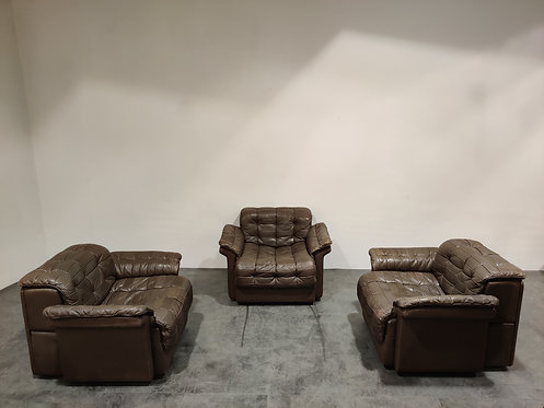 Vintage leather DS11 armchairs by De Sede, 1970s - set of 3