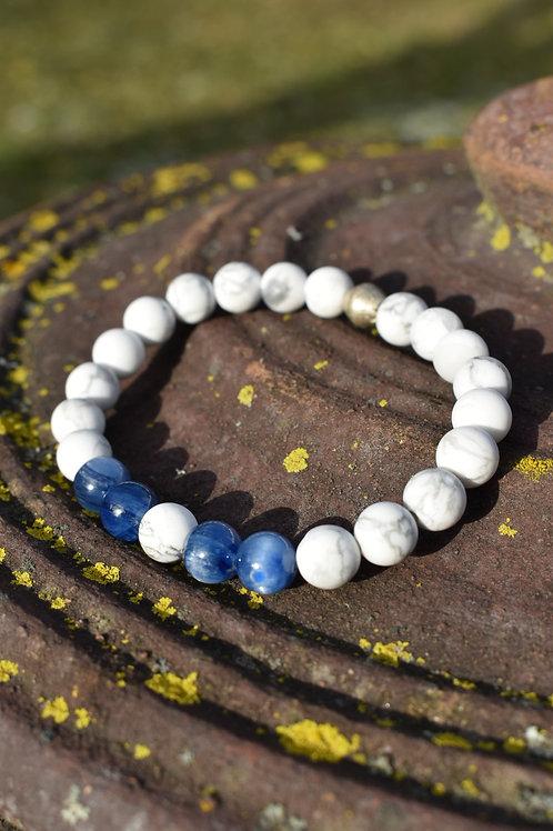 Unisex Kyanite and Howite bracelet