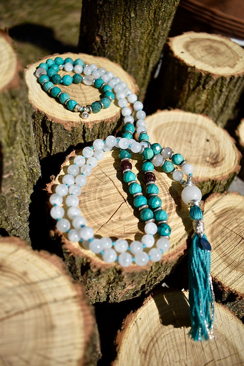 AiliA Premium Hand Knotted Mala with Turquoise and Moonstone