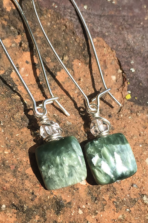 Seraphinite earrings: physical healing and regeneration