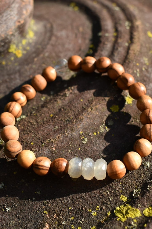 Pearl Chalcedony and Olive Wood Diffuser Bracelet