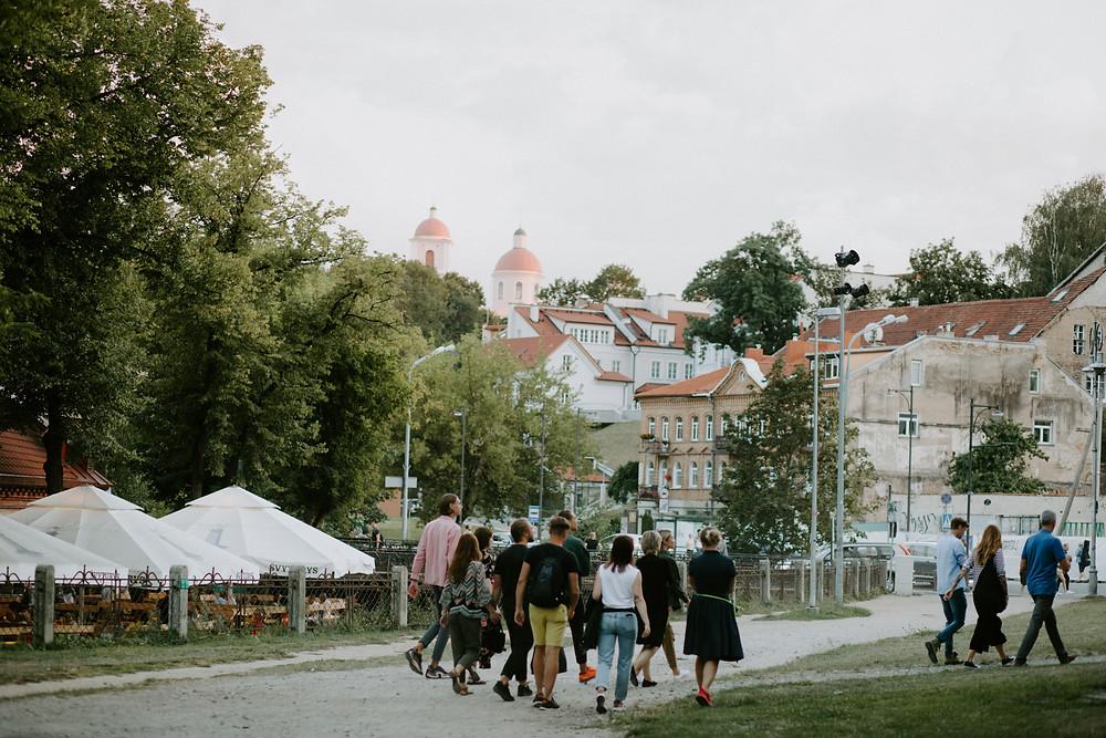 Ekskursija su gidu po Vilniaus senamiestį. Gidų kursai pažymėjimui gauti.