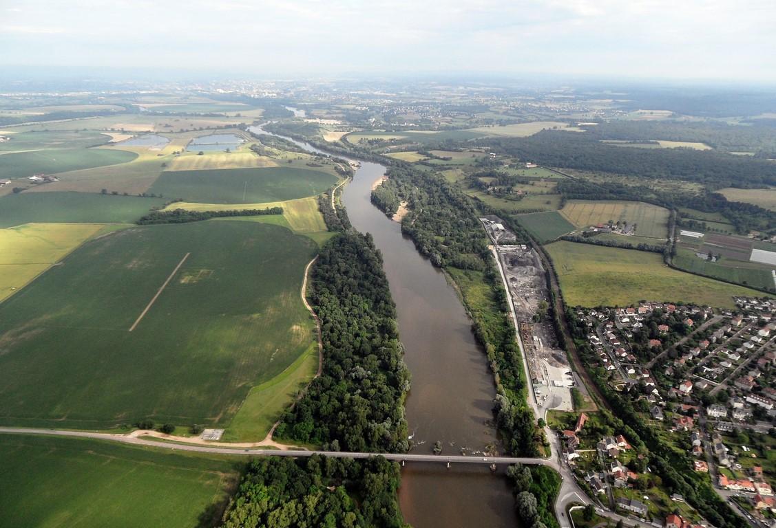 77-La Loire 4 (Copier).jpg