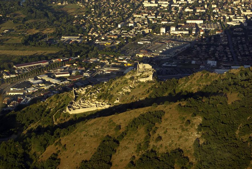 Le chateau de Crussol.jpg