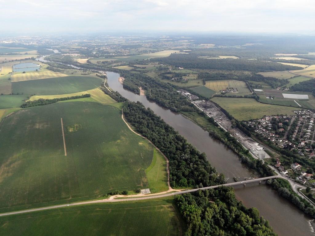 75-La Loire 2 (Copier).jpg