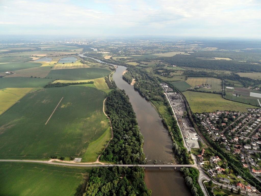 76-La Loire 3 (Copier).jpg