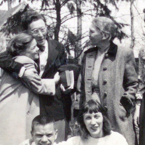 Mom, Oscar Williams, Gram, froemds amd family