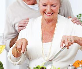 Sete maneiras de perder peso após os 60 anos