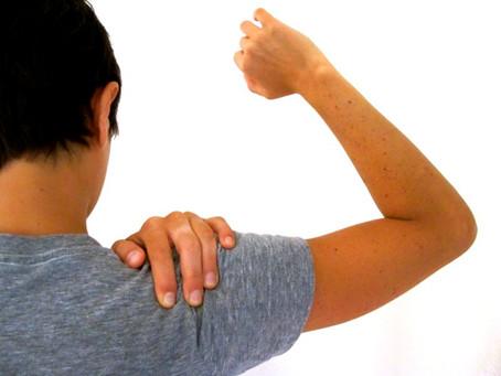 Como tratar ombro congelado (capsulite adesiva)