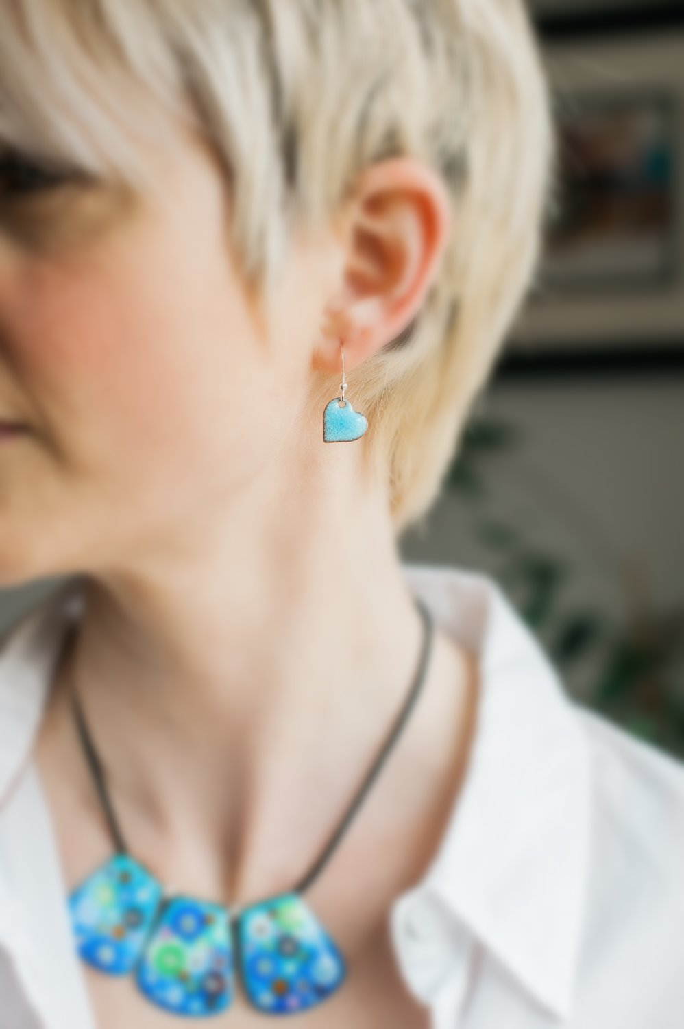 clare design enamel earrings