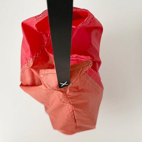 MESS BAG R/PW/B