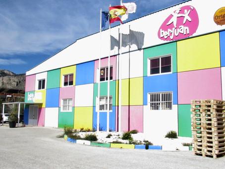 Semana de visitas familiares a la fábrica de muñecas y Museo de Onil