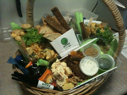 envy PICNIC HAMPERS