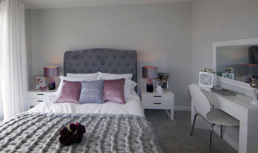 master bedroom-min.jpg