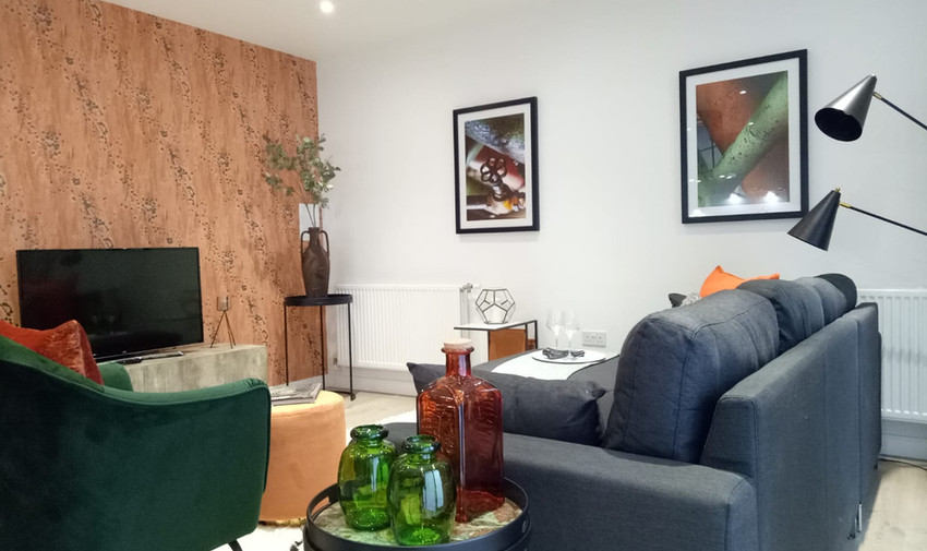 Contemporary Industrial 2-Bed Show Home Apartment in Upton Park, London