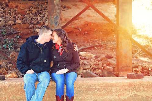 Couple / Engagement Session Retainer