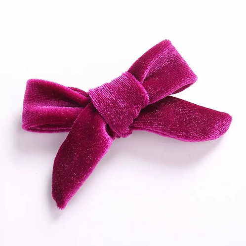 La petite surprise Couture Haarspange Samtschleife Pink
