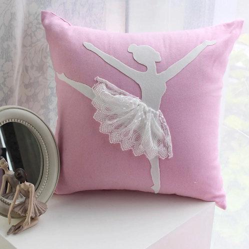 La petite surprise Couture Kissen Ballerina Candypink 45x45 cm