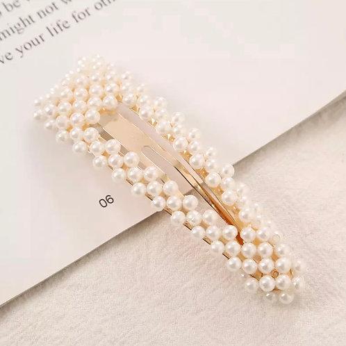 La petite surprise Couture Perlen Haarspange