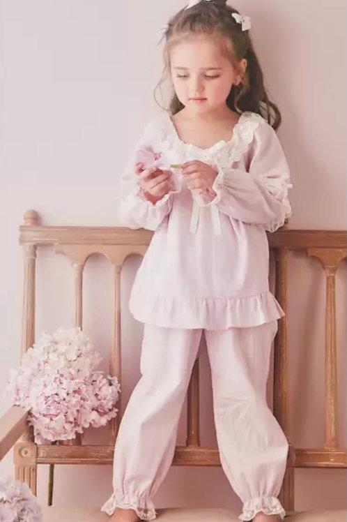 La petite surprise Couture Schlafanzug Louise Flieder
