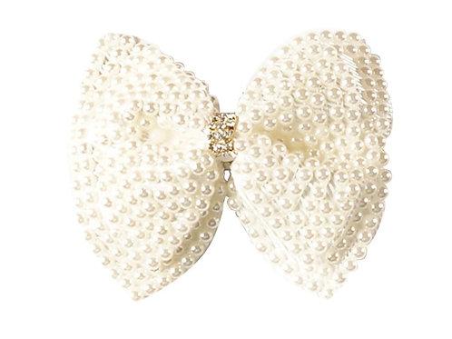 La petite surprise Couture Haarspange Schleife Perlen Creme