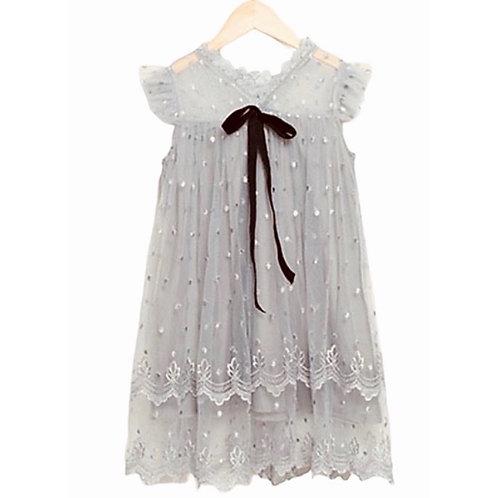 La petite surprise Couture Kleid Grau
