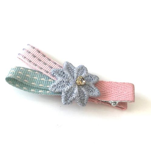 La petite surprise Couture Haarspange Blume
