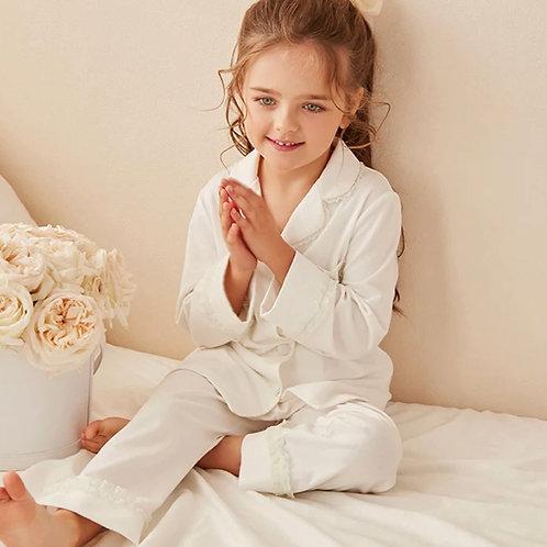 La petite surprise Couture Schlafanzug Emma Weiß