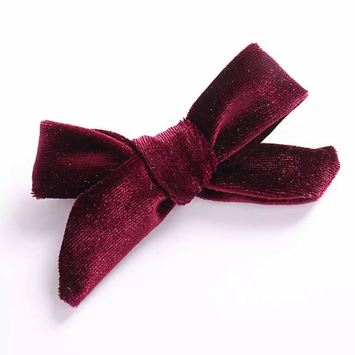 La petite surprise Couture Haarspange Samtschleife Bordeaux