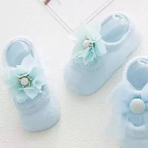 La petite surprise Couture - 1 Paar Baby Socken Hellblau Gr.0-12 Monate