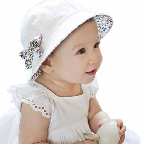La petite surprise Couture Baby Wende-Mütze Weiß