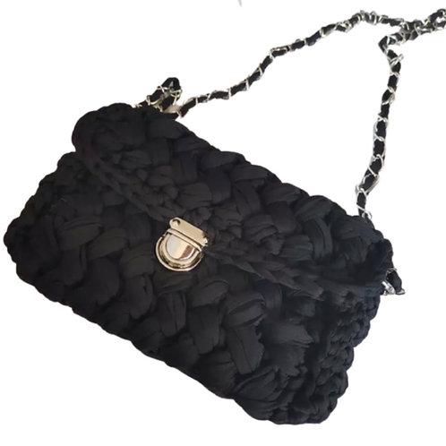 La petite surprise Couture Grobstrick-Tasche Schwarz
