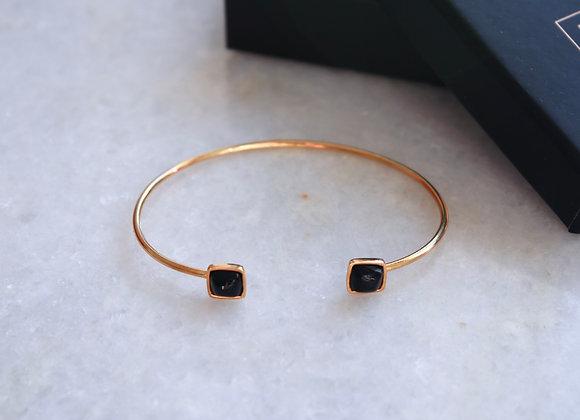 Aura wrist bracelet