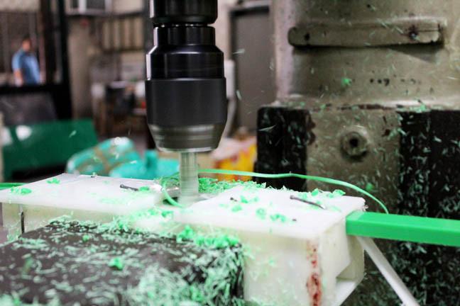 Engineering_plastic_fabrication_1-6512b.