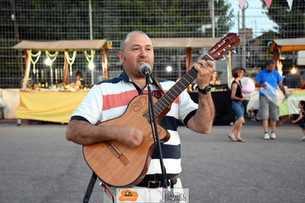 Gabriel Cantisani en el Paseo de Artesanos ayer Domingo 26