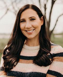 Hannah Author Photo.jpg