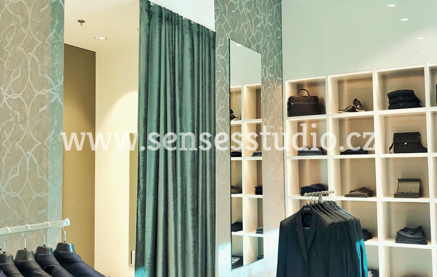 PRAGUE OUTLET - SENSES STUDIO