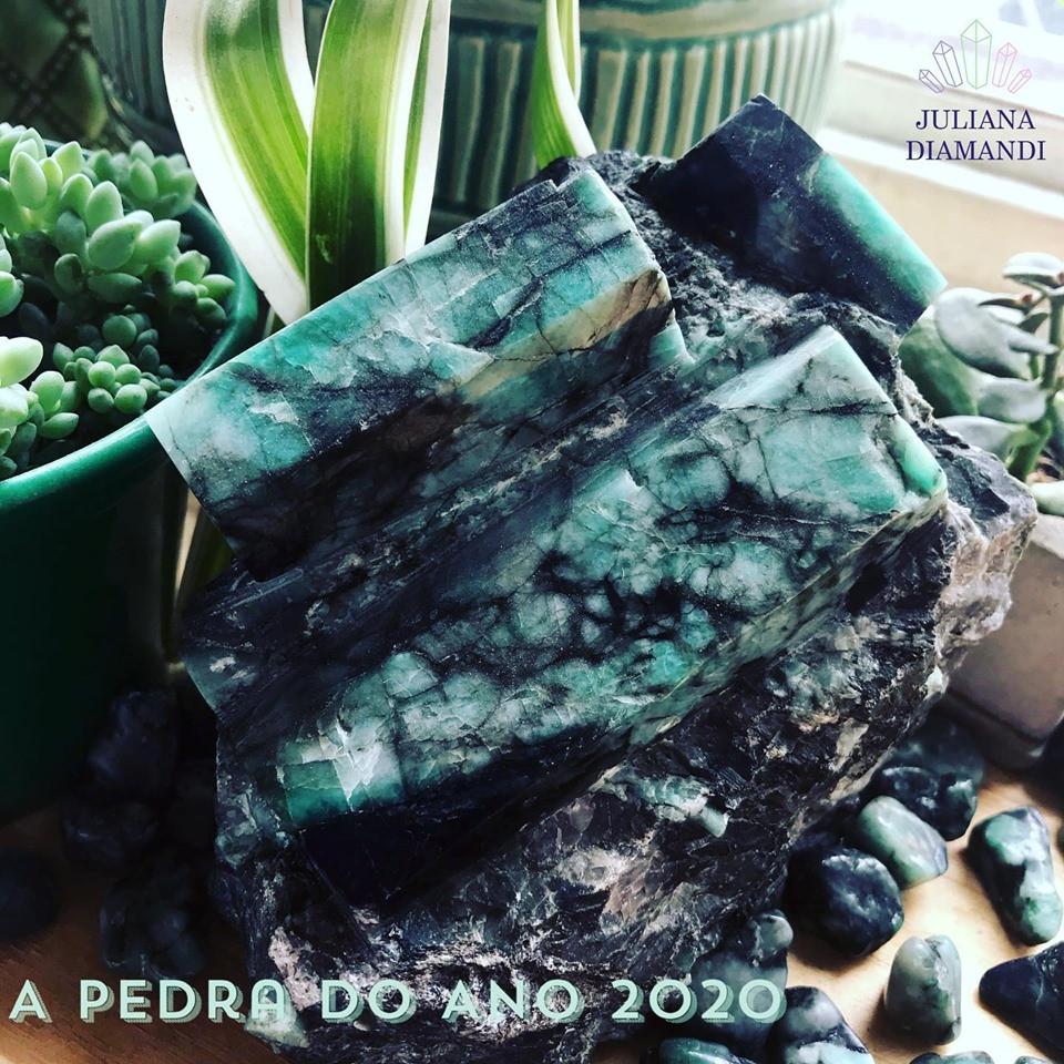 esmeralda pedra do ano 2020