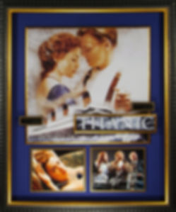 M34868_Titanic_Cast_Signed_Display_35x42