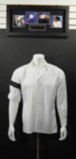 M34878_Michael_Jackson_Worn_Shirt_Displa