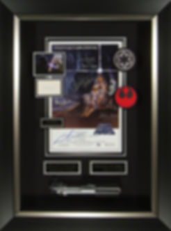 M34865_StarWars_Cast_Signed_Poster_With_
