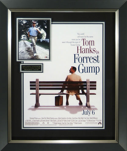 m42081_forrest_gump_autographeed_display