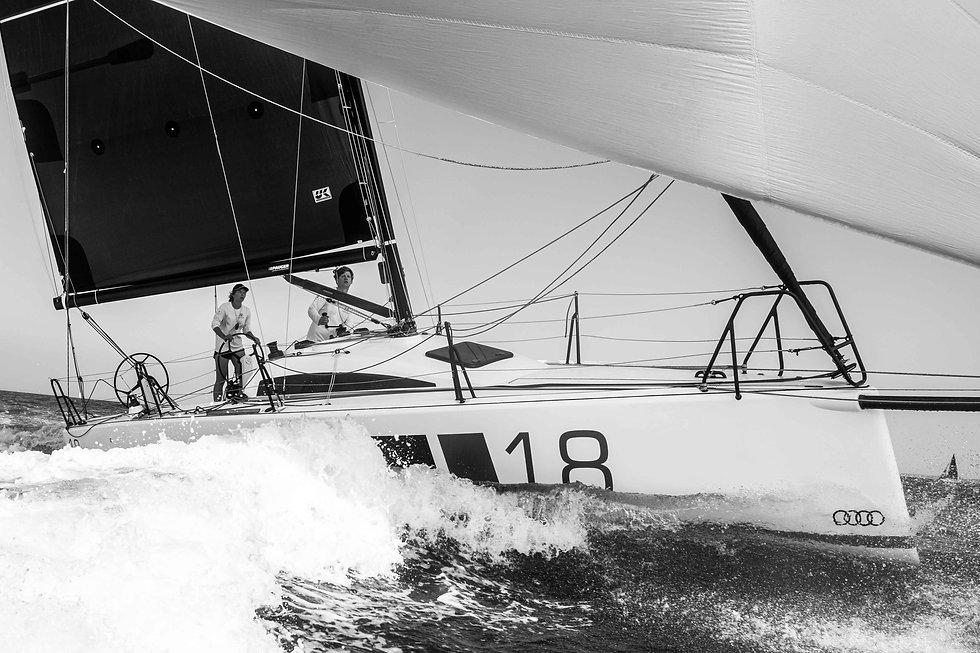 segel-fotos-kassian-juergens-sailing-picture-l30-max-gurgel-lena-weißkichel