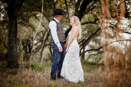 bride and groom, wedding photography, scenic, austin texas, hillcountry