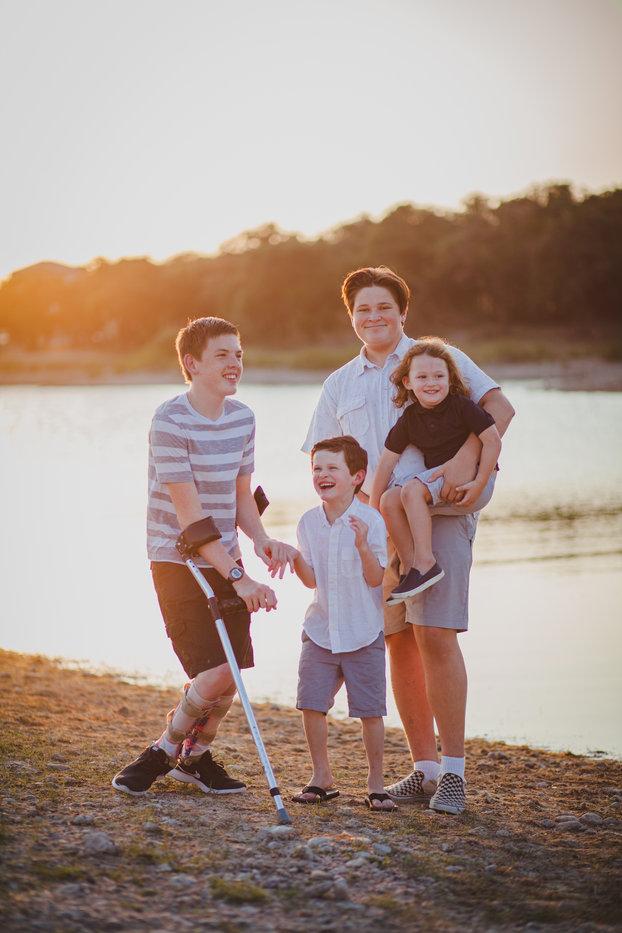 Taylor Family 2019-16.jpg