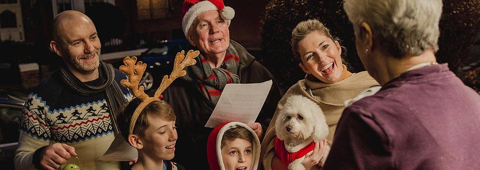Three generation family are doing door-t