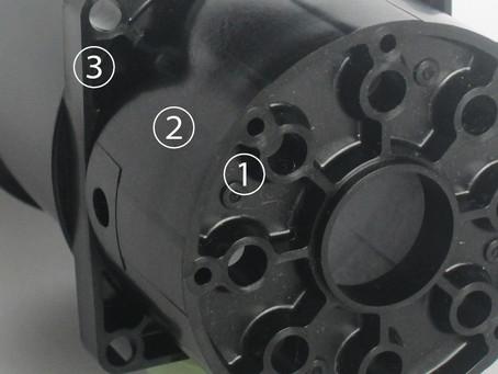 蓋・筒・枠を一体化し、部品と工数を削減しました。