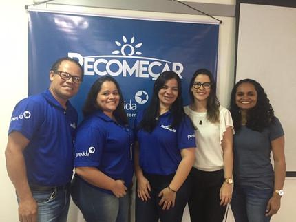 Jully Barbosa facilita Grupo Recomeçar